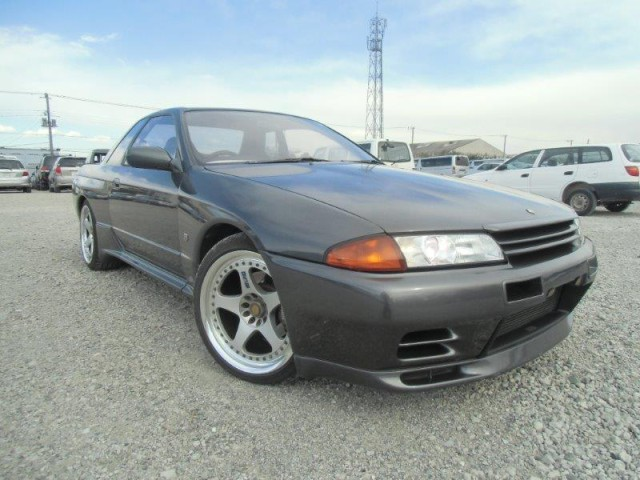 1991 Nissan Skyline R32 GTR 5 Speed Manual